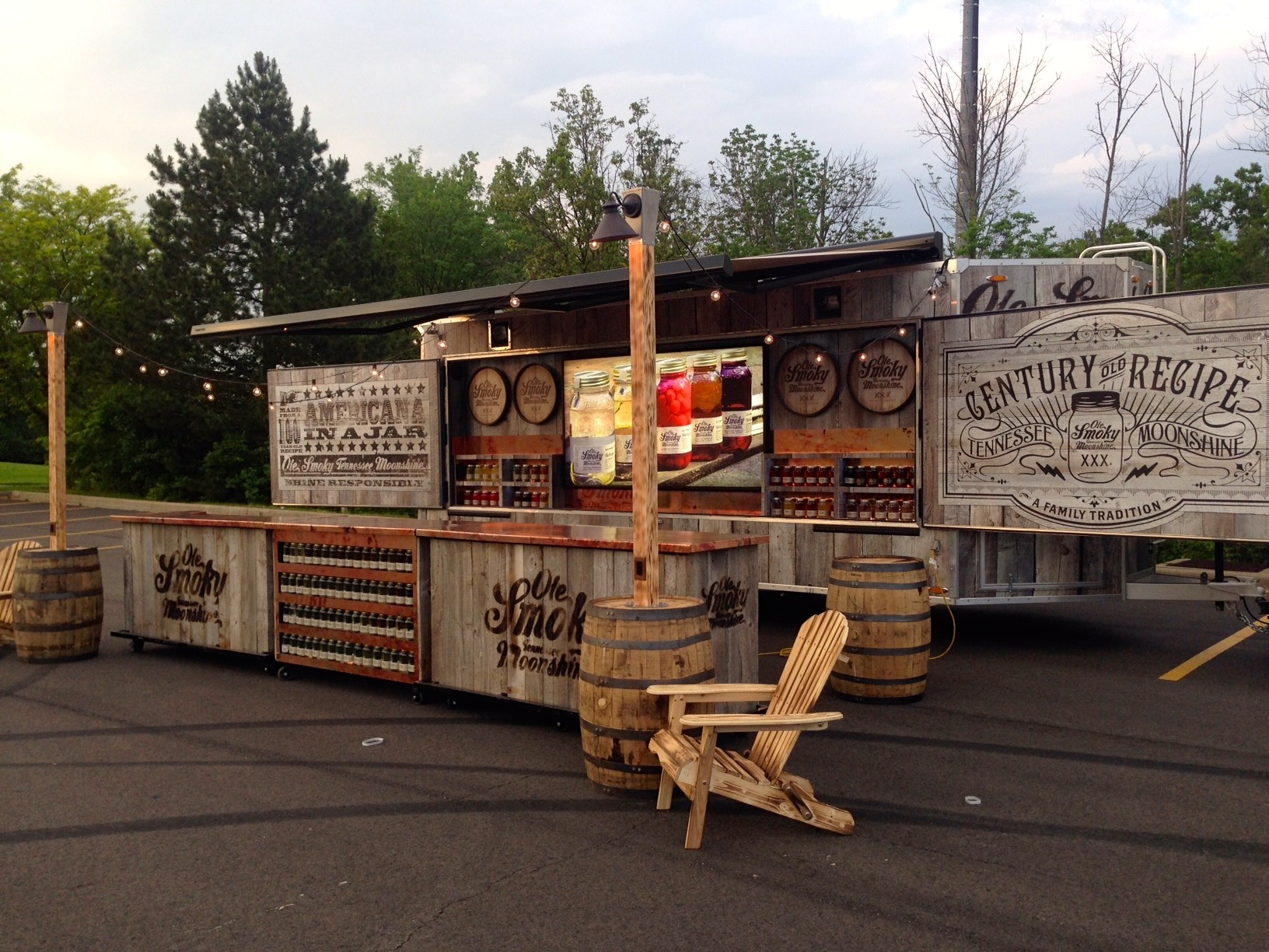 Ole Smoky Moonshine Mobile Display